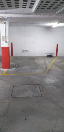 Amplia plaza de garaje