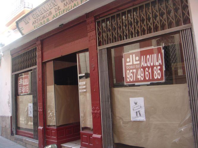 LOCAL VINTAGE, GRAN ALTURA DE TECHOS, COLUMNAS DE FUNDICIÓN